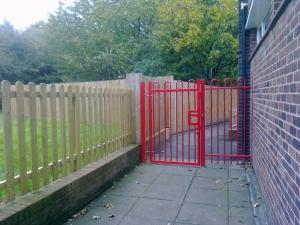 Metal gate installation