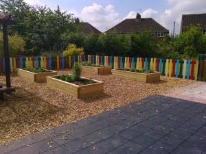set of four planters