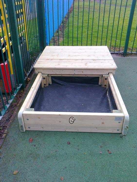 sliding top sand box complete with engraved logo